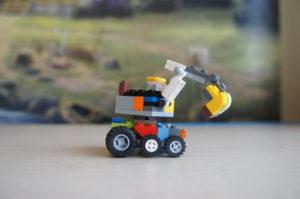 Экскаватор из Лего
