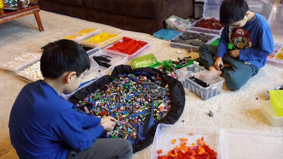 Хранение Лего стимулирует творчество
