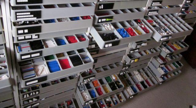 Профессиональный стеллаж для сортировки Лего