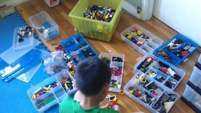 Сортировка Лего - это процесс
