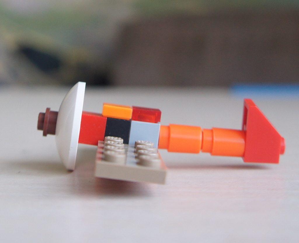 Маленький самолёт из Лего